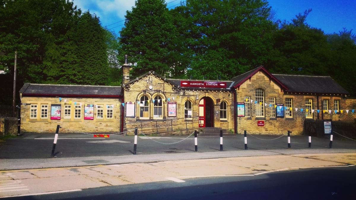 Viaggiare in treno per l'Inghilterra – Piccole avventure su duerotaie
